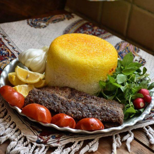 Kabab Koobideh with kate