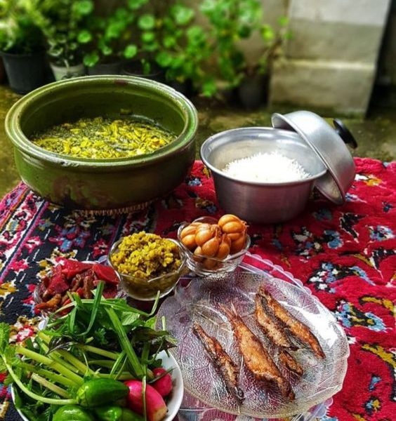 Baghala Ghatogh With Fish